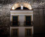 No Centro Histórico de Évora AQUEDUTO DA ÁGUA DA PRATA JÁ ESTÁ ILUMINADO