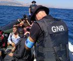 GNR resgata 19 migrantes na ilha de Chios – C/Vídeo
