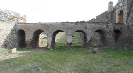Elvas: Obras nos viadutos do fosso às portas de São Vicente