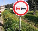 A Câmara Municipal de Elvas encontra-se a substituir sinais de trânsito, nas estradas municipais